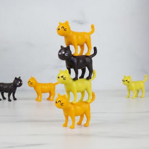Catastrophe Cat Stacking Game