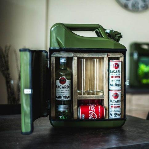 Jerrycan Mixed Drink bar